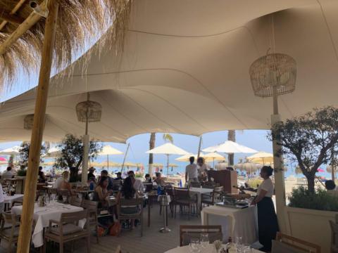 custom-stretch-tent-for-beach-restaurant-2