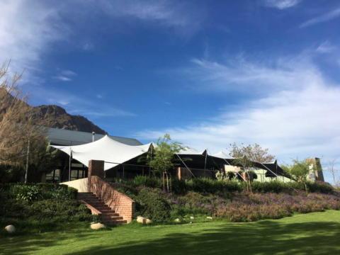 custom-stretch-tent-wedding-venue