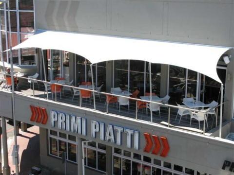 custom-stretch-tents-primi-piatti-balcony